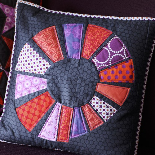Free hand paper piecing cushion