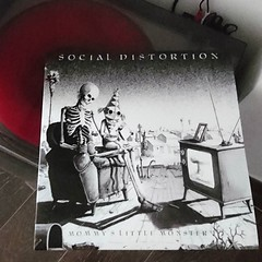 Bailemos pues... #Social #Distortion