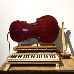 Alex Branch, musical sculpture