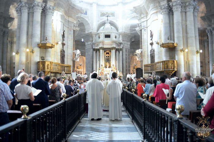 Pontifical y Procesión Patrona 5
