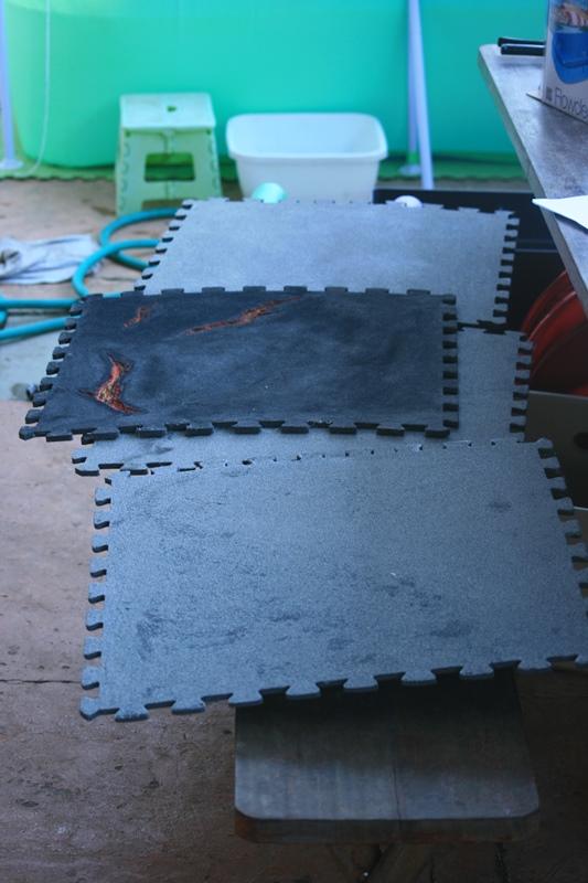 Plateau de jeu à partir de tapis de sol puzzle 37625645361_ac1ee1f022_o