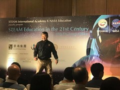 Dr Leroy Chiao Speaking in Hong Kong