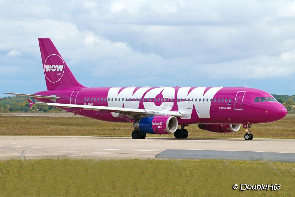 TF-BRO A320 WOW LYS