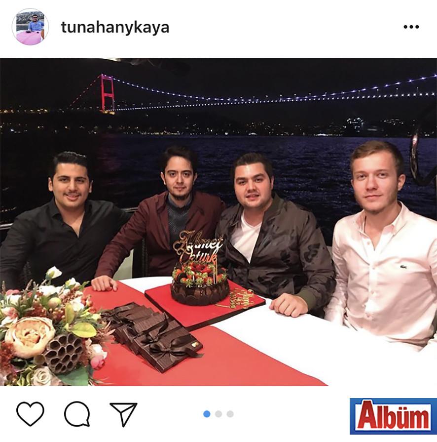 Tunahan Yüksekkaya, yakın dostu Ahmet Öztürk'ün doğum günü partisinden bu fotoğrafı paylaştı.kaya