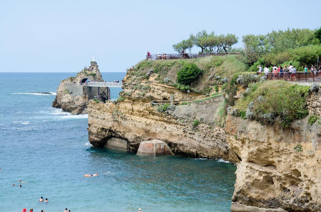 Grande plage pyr n es atlantiques france tripcarta for Piscine municipale biarritz
