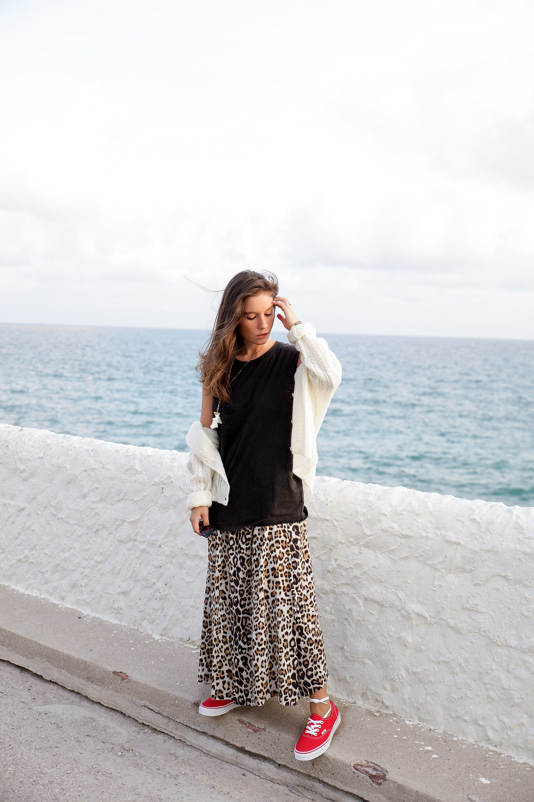 theguestgirl the guest girl laura santolaria influencer barcelona falda larga leopardo tendencia otoño invierno