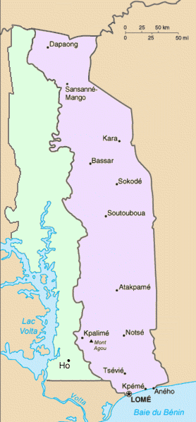 Map of French Togoland on the right and British Togoland shown in pale green on the left. Residents of British Togoland voted to join the Gold Coast as part of the new independent nation of Ghana in December 1956.