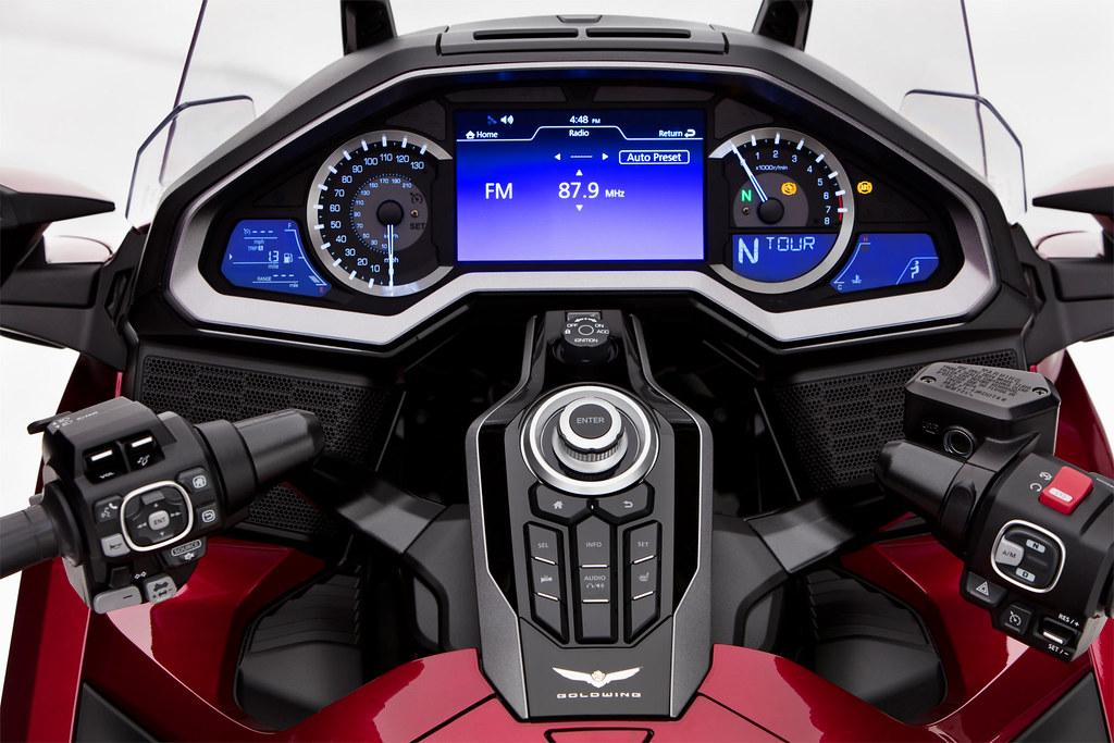 Honda GL 1800 GOLDWING Tour 2018 - 1