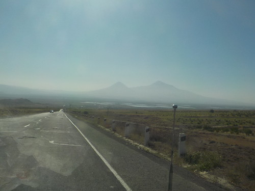 アララト山周辺がこの国唯一のフラット区間