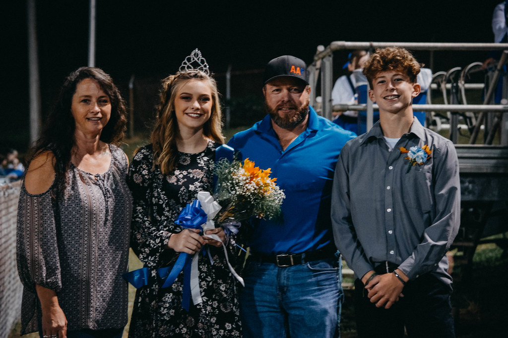homecoming201710062017-0479100617