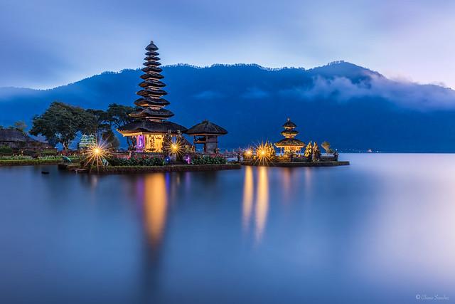 Soul at Peace || Alma en Paz (Pura Ulun Danu Bratan, Bedugul. Bali)