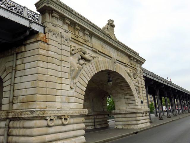 PARIS.291. Pont de Bir-Hakeim