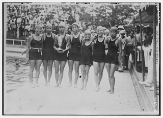 Jap[anese] girl swimmers (LOC)
