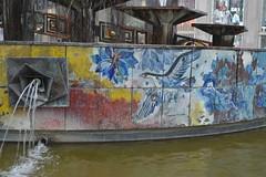 Brunnen der Völkerfreundschaft, Alexanderplatz, Berlin (124STOUT_6910)