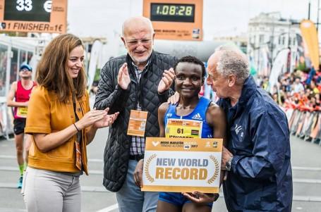 Další světový rekord pro Keňanku v barvách RunCzech