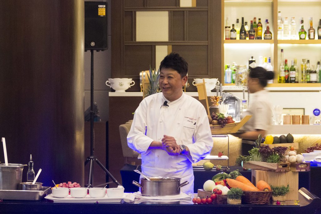 Swissotel-Merchant-Court_Peranakan-Cooking-Showcase_High-Res-1200x800