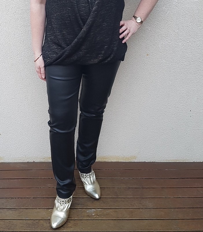 Style Arc Misty Georgie jeans in leather look bengaline