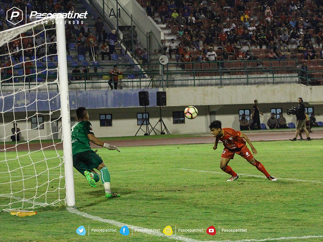 debut dan gol