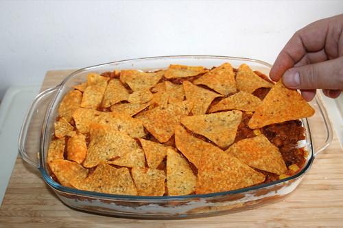 60 - Weitere Schicht Nachos auflegen / Add one more layer nachos