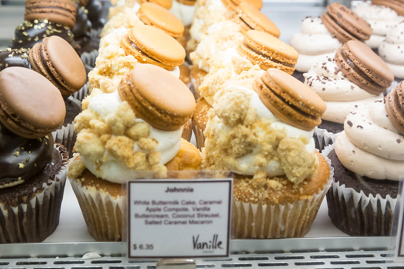 Johnnie cup cakes at Chicago French Market