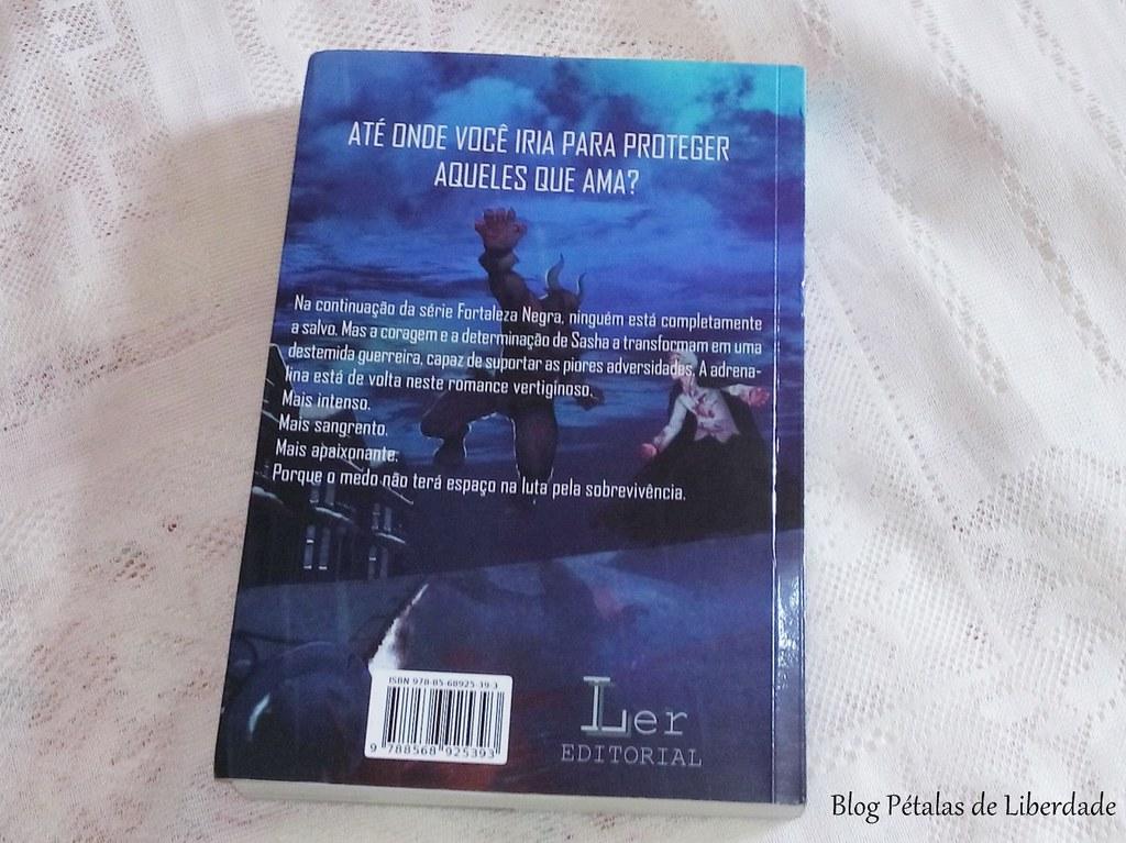 Resenha, livro, Tempestades-de-Sangue, Kel-Costa, Ler-Editorial, vampiro, sinopse, foto, capa