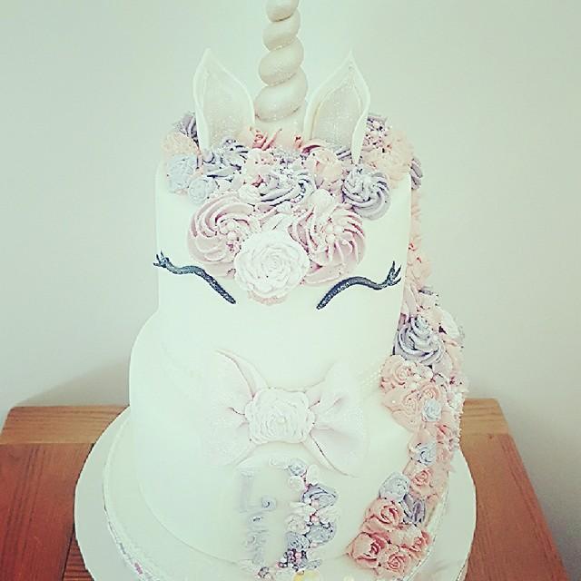 Unicorn Cake by Jacqui Conroy Oram of Jacqui's Cupcakes & Cakes