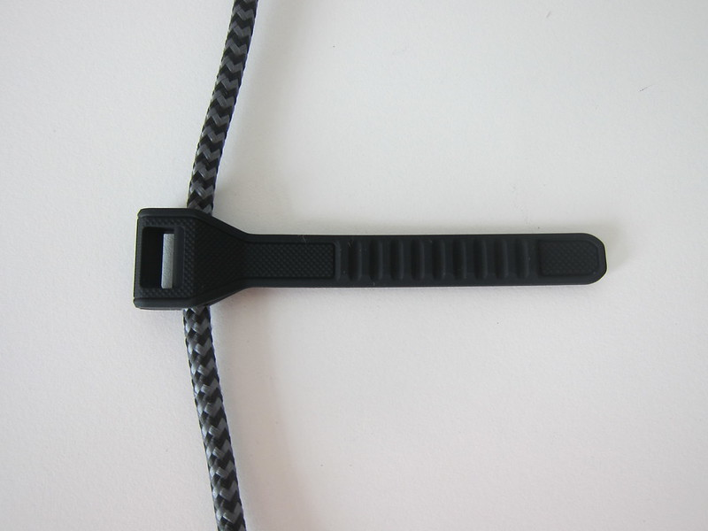 Nomad Universal Cable - Silicone Cable Tie