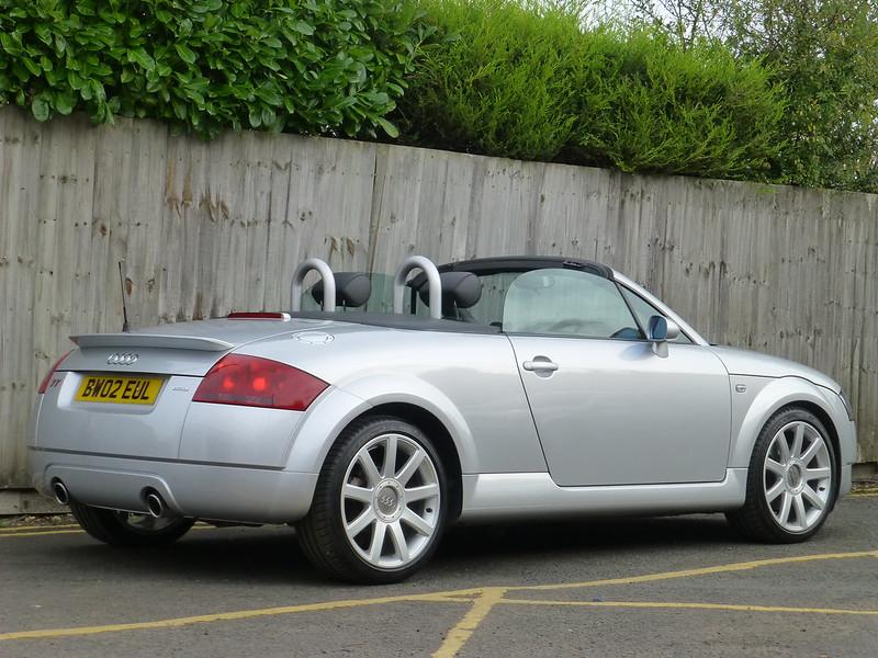 2002 TT 225 Roadster - £1999