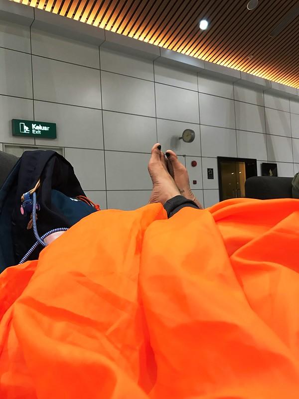 huong2go_klia_sleepingbag
