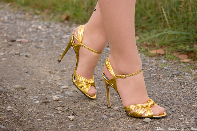 Gucci heels golden sandals heels highheels shoes blog shoeblog designer heels metallic gold stilettoheels