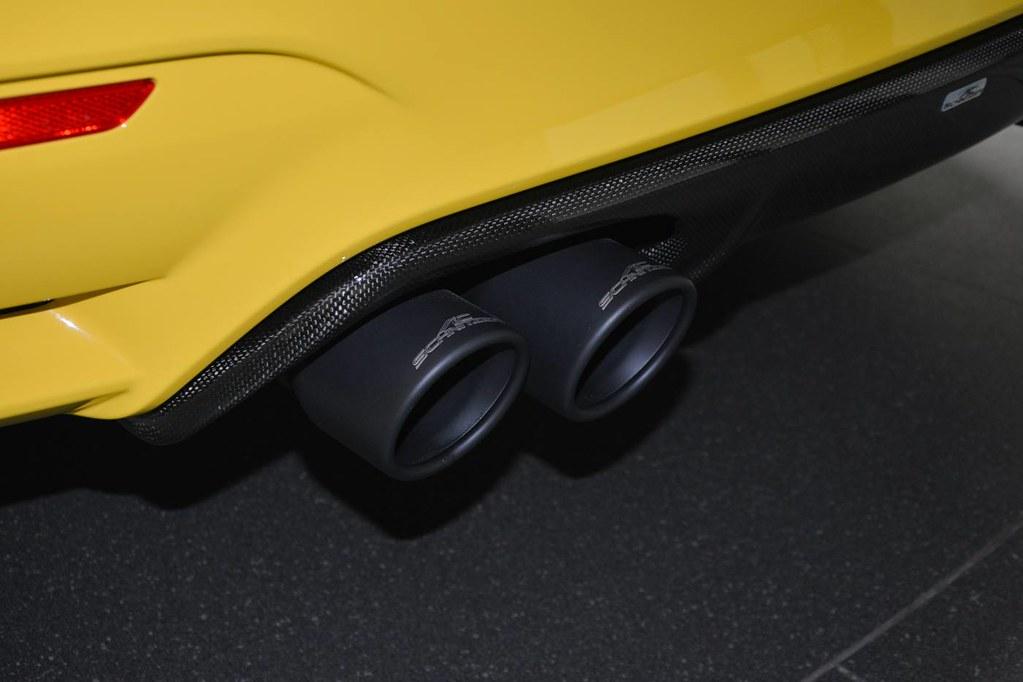 BMW-abudhabi-yellow (1)