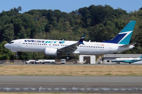 Boeing 737 MAX 8 WestJet C-FRAXLN6384