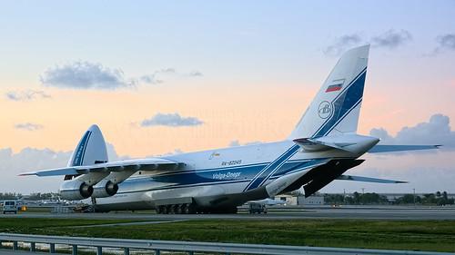 fortlauderdale fll kfll antonov an124 rusian russianfederation volgadnepr ra82045 cargo