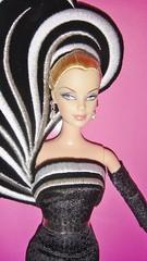2004 45th Anniversary Barbie by Bob Mackie (Caucasian) (5)