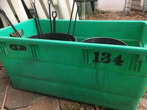Historic A&P car order/parcel pickup/commande à l'auto bin #134 IPL Plastics