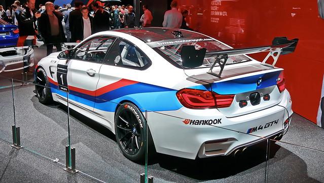 BMW M4 GT4 (F82)