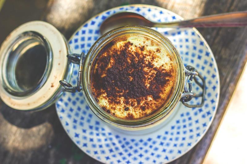 Vegan Tirmaisù recipe, Tiramisù vegano con latte di soia vaniglia cacao e cioccolato, ricette vegane Bologna