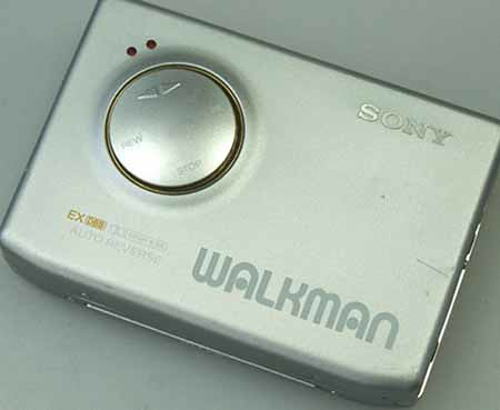 SONY WM-600 CASSETTE WALKMAN