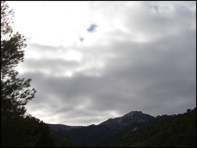 Silueta de alta montaña