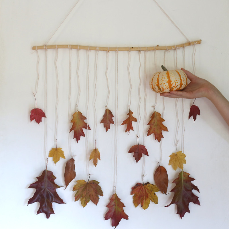 Autumn Leaves Mobile Tutorial