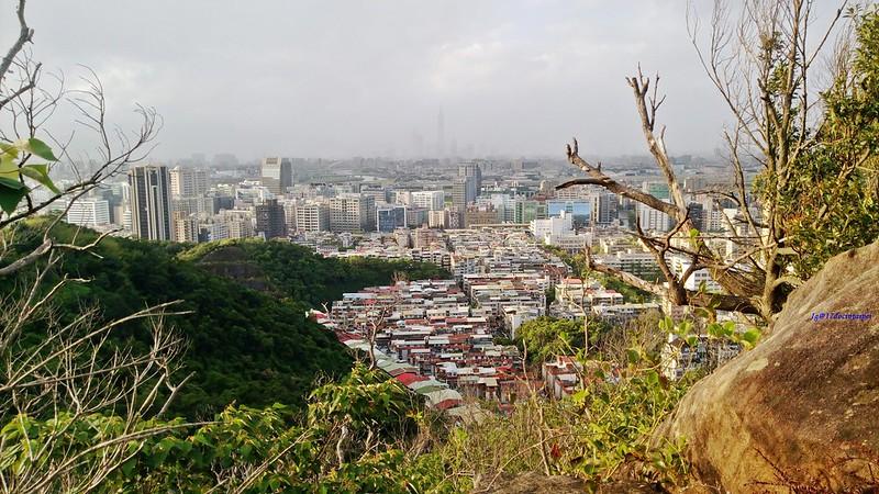 TAIPEI-bush walking-台北郊山健行-內湖金面山剪刀石-17度C隨拍 (12)