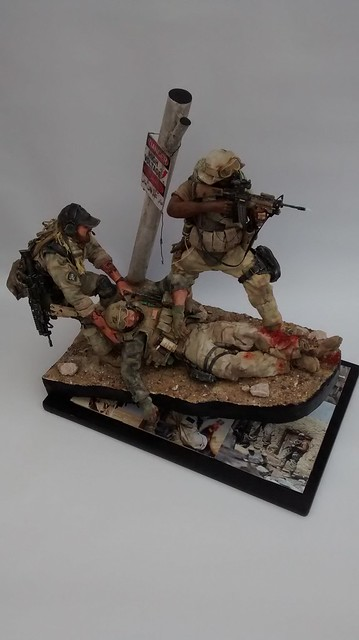 """""""Cover me Bro...!!!"""" US Green Berets in Iraq 2003 37540673660_29d30c4287_z"""