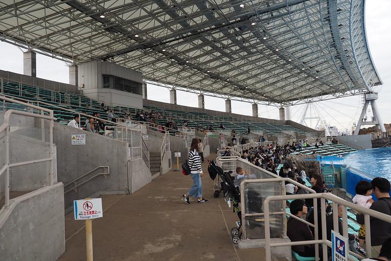 名古屋港水族館メインプールスタンド