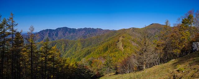 飛龍山と雲取山@七ツ石山