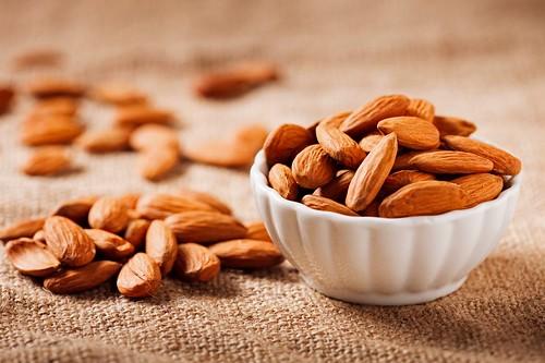 Мигдаль проти «поганого» холестерину
