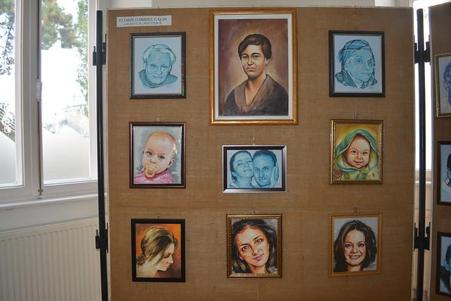 25.10.2017: expoziția Portrete