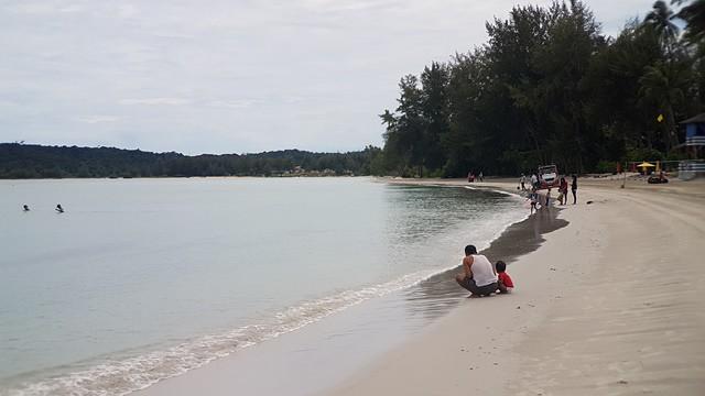 pantai pulau bintan