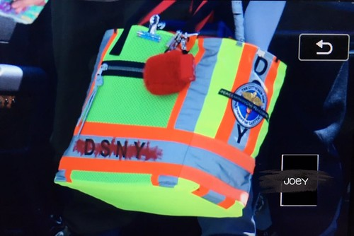 G-Dragon departure Seoul to Europe 2017-09-22 (9)