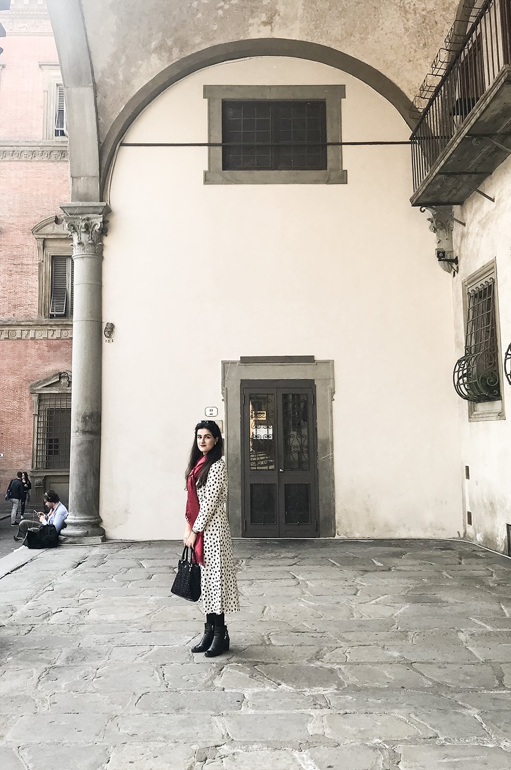 something fashion blogger influencer streetstyle firenze spain italianbloggers erasmus student hm dress what to wear_05