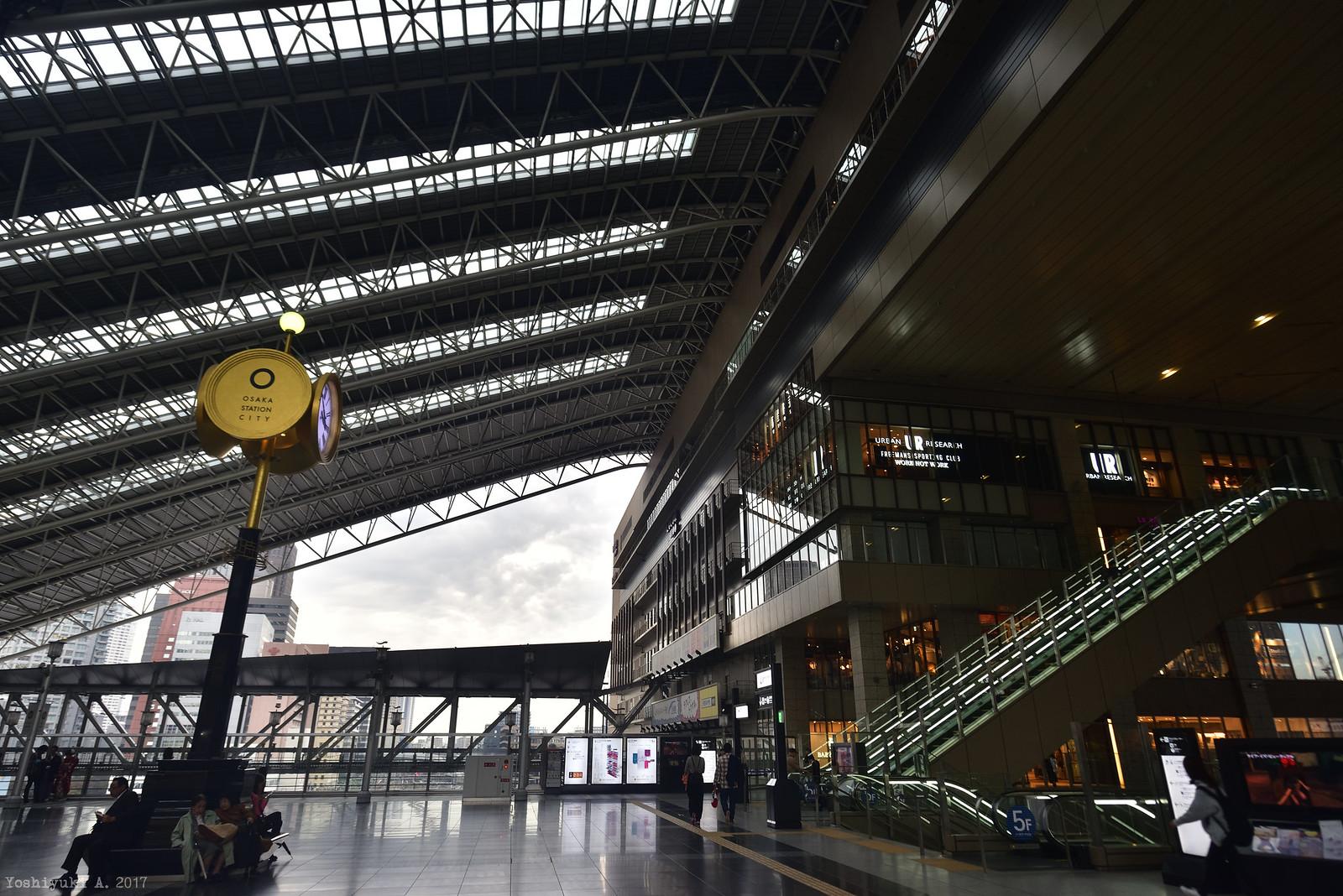 大阪駅_DS7_0123_nxd